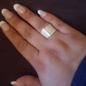 Avon original Silver ring